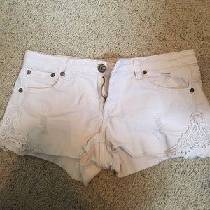Juniors Mudd shorts only worn a few times!